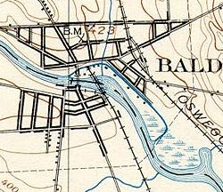 The Baldwinsville Canal can be seen running just north of the river through Baldwinsville.