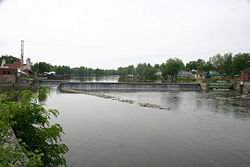 The stone dam in Baldwinsville is still in use 115+ years later!